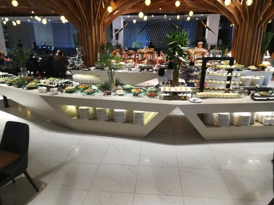 Bay Buffet Restaurant: location