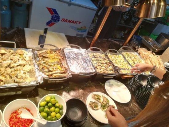 Bay Buffet Restaurant: fish