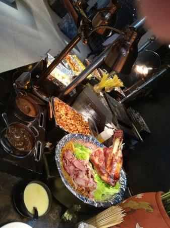 Bay Buffet Restaurant: meat