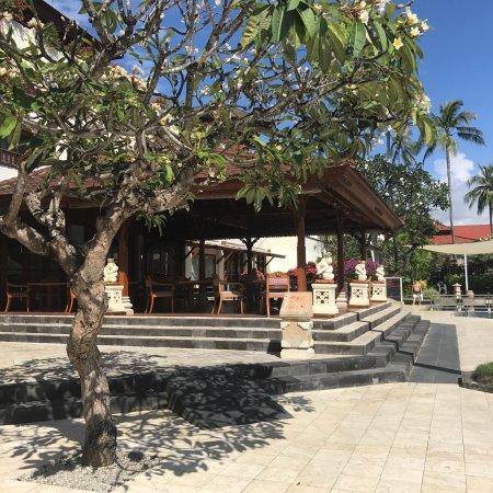 Nusa Dua Beach Hotel Spa Bewertungen