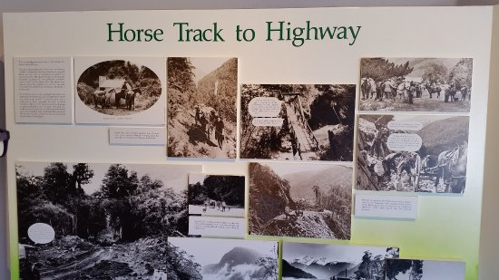 Haast Visitor Centre: The story of Haast Pass