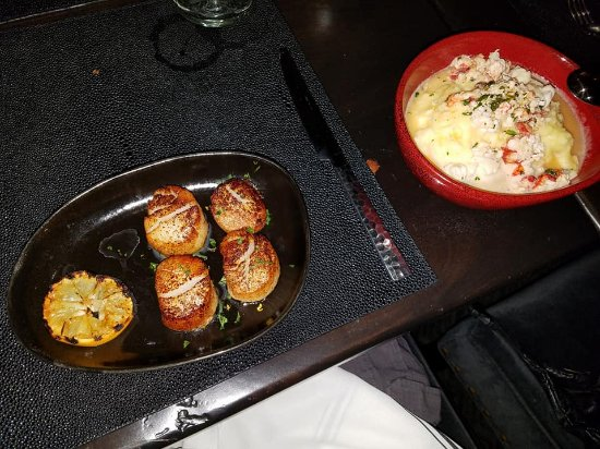 Mariposa Latin Inspired Grill: Perfectly Seared Diver Scallops & Lemon LOBSTER/SCAMPI Mashed Potatoes...OH MY!
