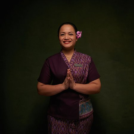 Tamarind Thai Spa: Oum is friendly and kind-hearted. Plus, a certified coach and a top-of-the-league therapist