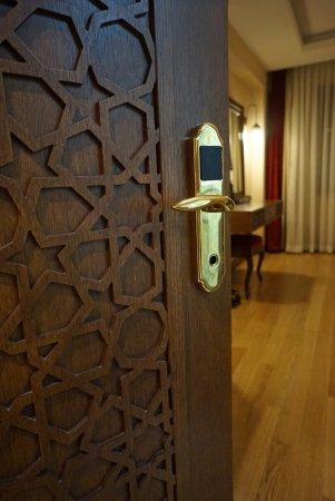 Lalinn Hotel Photo