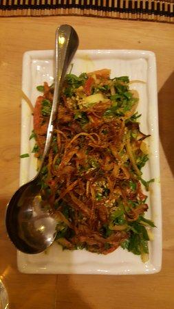 Taing Yin Thar: Shan Style chicken salad