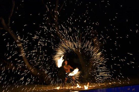 Maui Palms: Lovo night - fire dancing by Joe