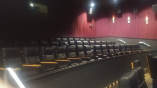 Regal Cinemas Evergreen Parkway Stadium 13