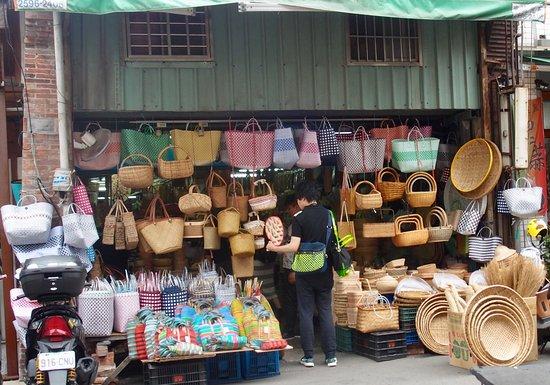 Jiangaotong: 竹製品や上部で可愛いベトナムプラかごが沢山揃ってます。