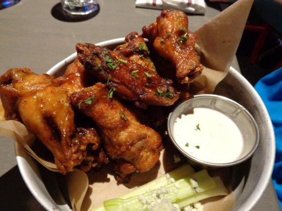 Freedom Beat: chicken wings