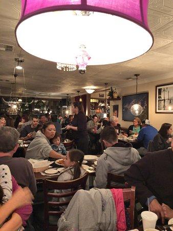 Carmine's Italian Restaurant: Dining Room