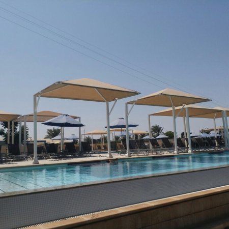 Al Mussanah, Omán: I had been to millennium couple of months back, beautiful property great location, Average food.