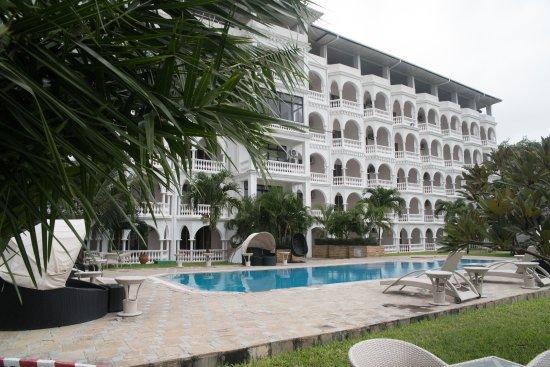 Cityblue creekside hotel suites mombasa kenya voir for Creekside vue