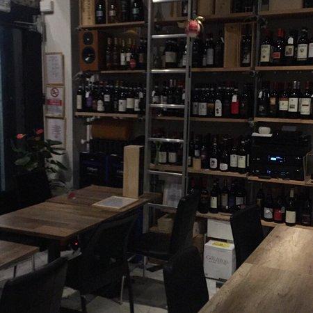 Tuttaltrosuono e il Vino: Andrea e il suo locale ❤️