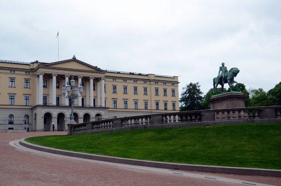 Oslo, Norway: Koninklijk paleis