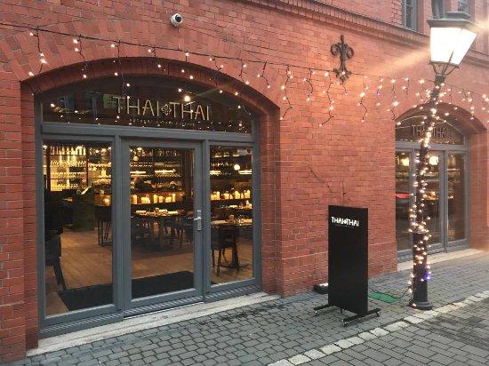Gościnne Progi Restauracji Thai Thai W Poznaniu Picture Of