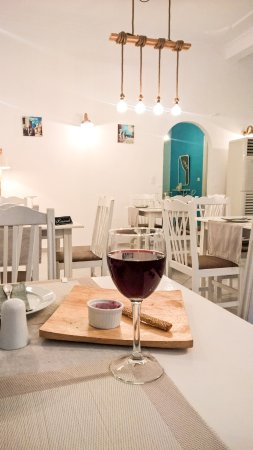 9 Muses Restaurant: Inside area