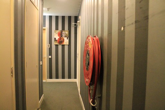 Hotel Atlantis: коридор отеля