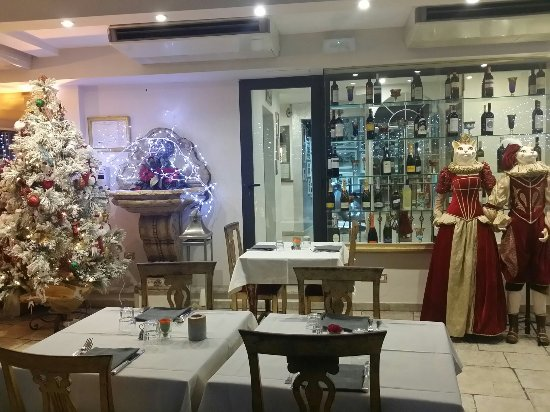 Hotel Romanico Palace : 20171218_1822 7F Romanico Rome_large.jpg
