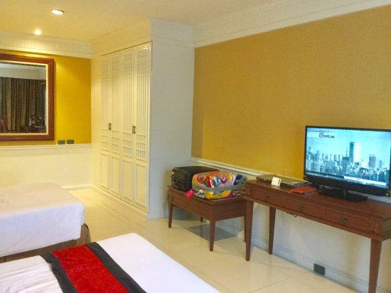 Fairtex Sports Club Hotel: Spacious and clean room 2