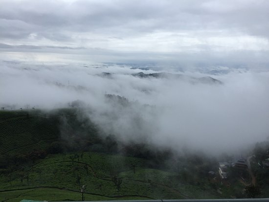 Misty Mountain Resort: View From Terrace in early morning