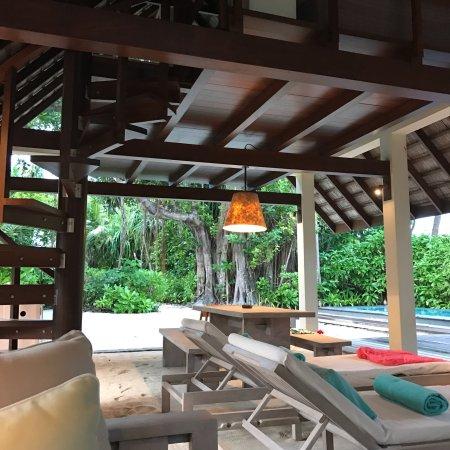 Four Seasons Resort Maldives at Landaa Giraavaru: photo0.jpg