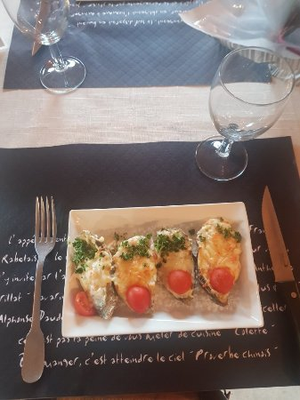 Le Petit Chef, Cambrai - Restaurant Reviews, Phone Number & Photos ...
