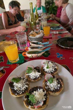 El Arrayán: Picaditas. Gotta try them.