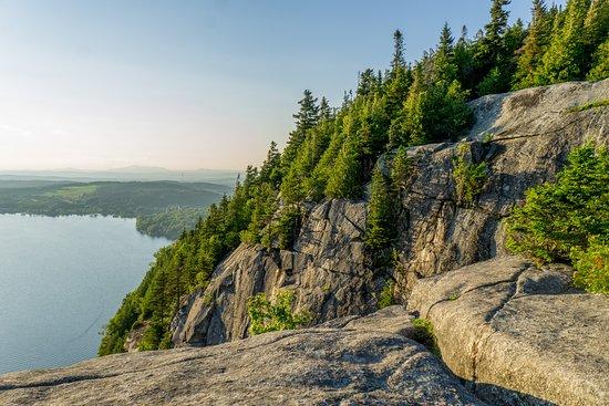 Mount Pinacle: Des falaises de 190m de haut