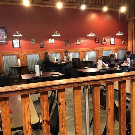 Rainsville, AL: Best of the slow food places