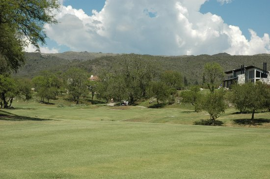 El Potrerillo de Larreta: Golf Course
