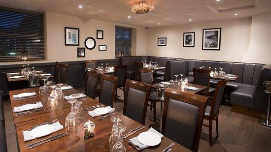 Turton, UK: Upstairs dining area