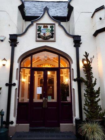 Oranmore Lodge Hotel: Hotel Entrance