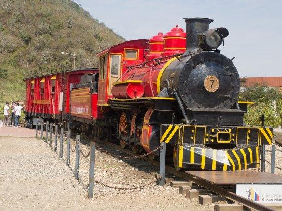 Museo Ciudad Alfaro: Vintage train