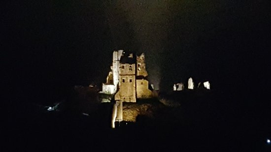 Corfe Castle, UK: 20171223_182822_large.jpg