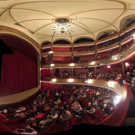 photo9.jpg - Picture of Theatre des Bouffes-Parisiens, Paris