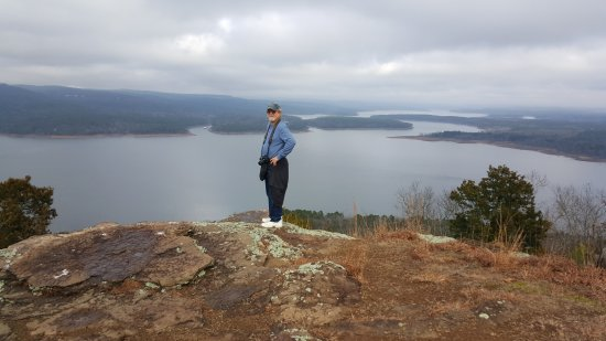 Fairfield Bay, AR: can see the lake quite well