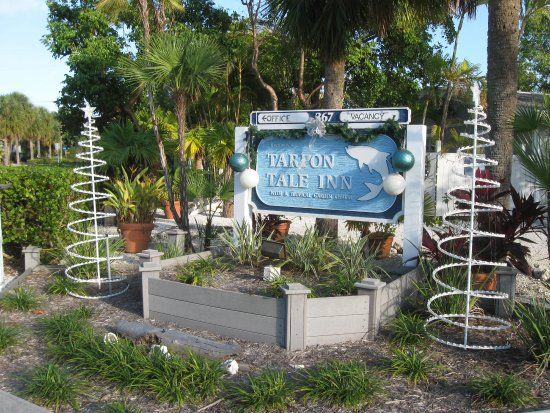 Tarpon Tale Inn: Tropical Setting