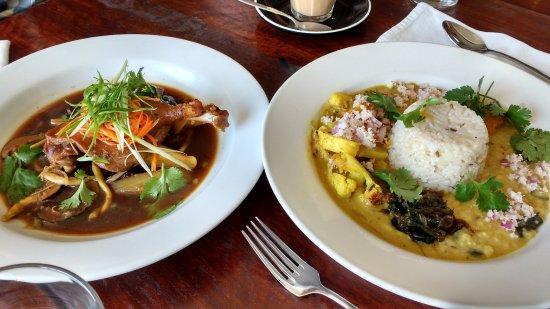 Blackheath, Australia: the duck and the curry