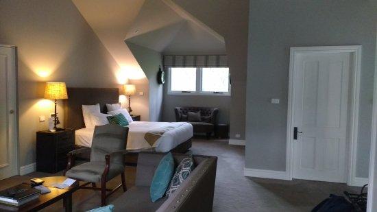 Parklands Country Gardens and Lodges: Loft room