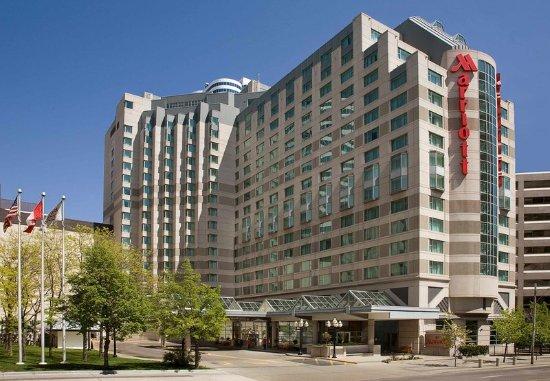 Marriott Downtown at CF Toronto Eaton Centre: Exterior