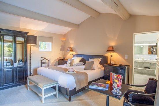Joucas, France : Guest room
