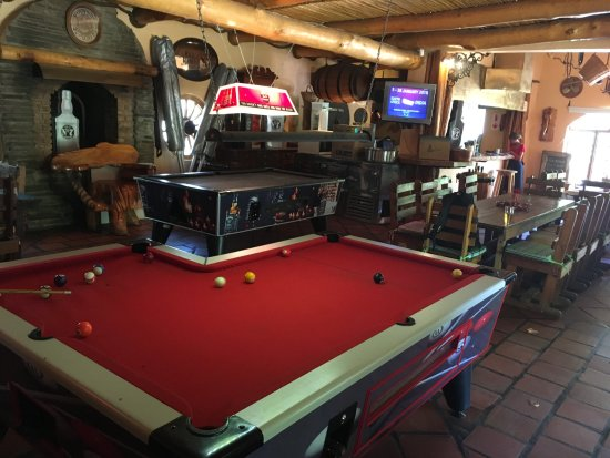 Lshaped Pool Table With Pockets Picture Of Bush Prince Albert - L shaped pool table