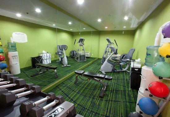 New Paris, OH: Health club