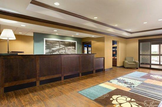 hampton inn stow oh hotel anmeldelser. Black Bedroom Furniture Sets. Home Design Ideas