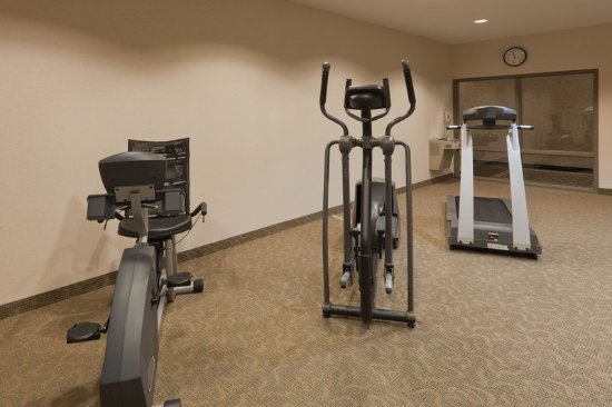 Montpelier, OH: Health club