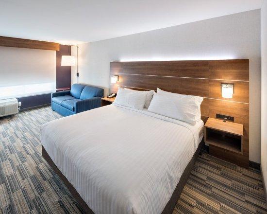 Guest Room Holiday Inn Express Red Deer North Red Deer Resmi Tripadvisor