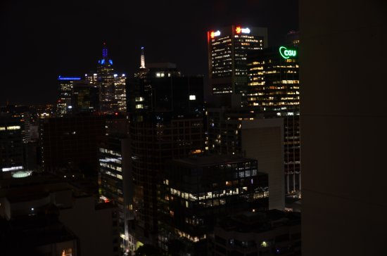 Melbourne Short Stay Apartments Lonsdale Street Night View Of Cbd From 30th Floor