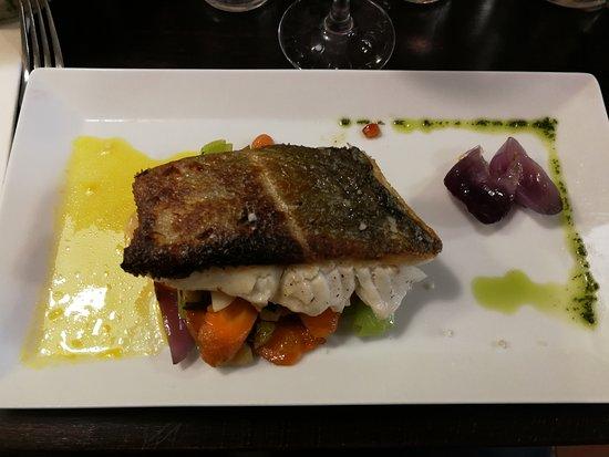 Restaurant la pie noir paris omd men om restauranger for 94 1 the fish