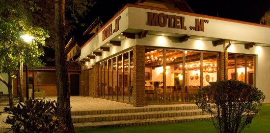 Motel M - Restaurant: Motel M - Restaurace