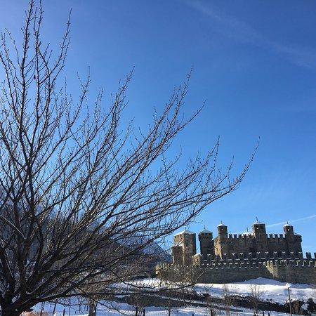 Castello di Fénis: photo1.jpg